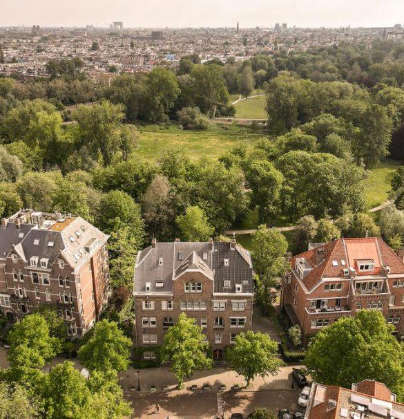 Amsterdam – Oranje Nassaulaan 52hs
